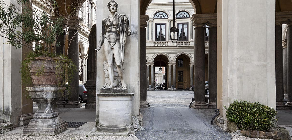 Palazzo Borghese Roma Period Residences Rome Exclusive